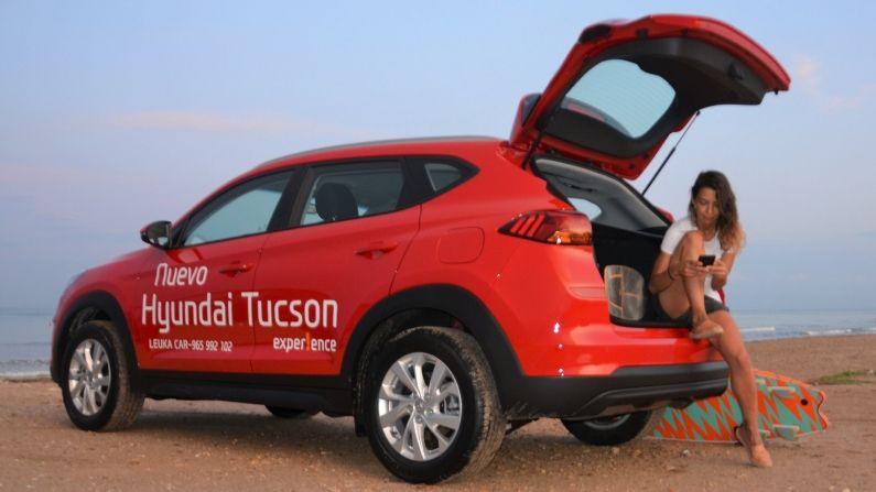 Patrocinador Hyundai Leuka Alicante  y Elena Surfea