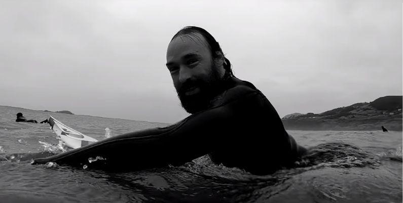 Kepa Acero, surfista y documentalista | Entrevista con Elena